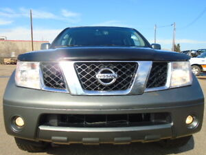2006 Nissan Pathfinder LE-LEATHER-SUNROOF-4X4--DRIVES AMAZING