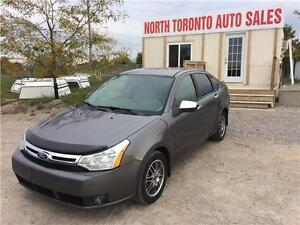 2010 FORD FOCUS SE - HEATED SEATS - LOW KM - VALID E TEST!!
