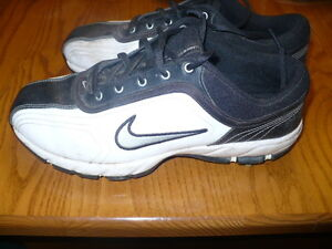 Nike Men's Size 7 Golf Shoes