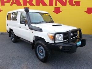 2010 Toyota Landcruiser VDJ78R MY10 Workmate Troopcarrier White 5 Speed Manual Wagon Winnellie Darwin City Preview