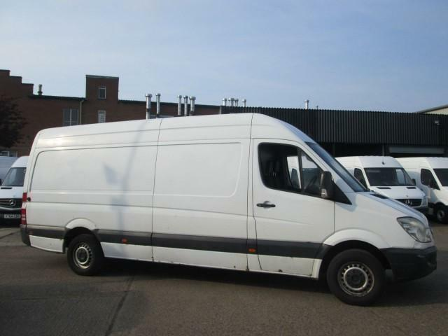 2006 56 MERCEDES-BENZ SPRINTER 2.1 311CDI LWB HIGH ROOF. 4.2 MTR VAN. LONG MOT