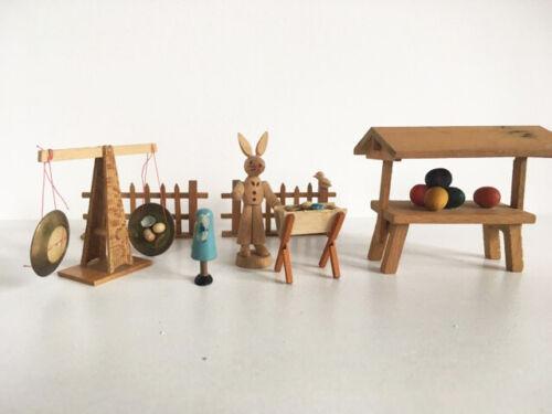 *(T) Vintage miniature Easter bunny wooden figurines Dregeno Erzgebirge