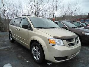 Great Deal !!! 2010 Grand caravan stow and go,