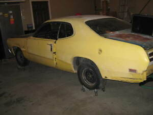 70 Duster great Parts car or Build it
