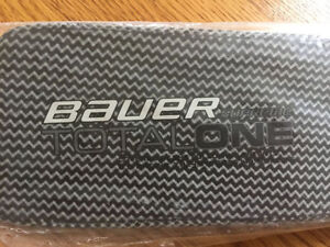 Brand New Bauer Goalie Stick - Supreme Total One Pro model London Ontario image 3