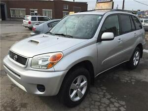 2004 RAV4 AWD CHILI AUTOMATIQUE GARANTIE 1 AN FINANCEMENT MAISON