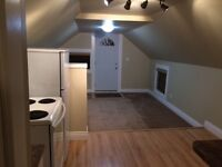 2 Bdrm Upper floor suite downtown. Available Immediately.