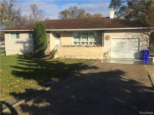 For Rent: Beautiful House / Bungalow in St. Adolphe from Sept