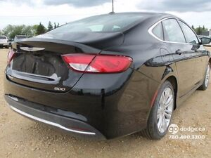 2015 Chrysler 200 Limited - Rear Back Up Camera - Heated Front S Edmonton Edmonton Area image 5