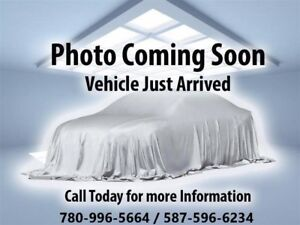 2011 Chryesler Town&Country Limited** 1 YEAR WARRANTY**