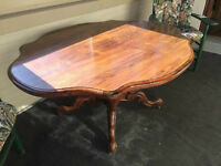 Antique Victorian Rosewood Parlour Table
