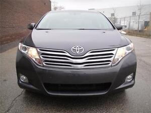 2010 TOYOTA VENZA-VERY CLEAN LOADED LEATHER PANO ROOF BACK CAM
