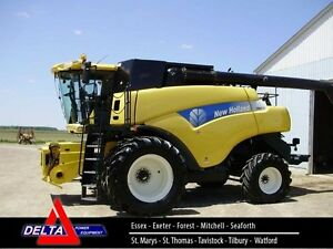 2008 New Holland CR9070 Combine London Ontario image 1