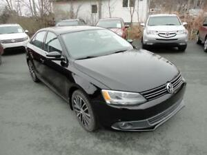 2013 Volkswagen Jetta Highline VW 2.5L leather - nlcarshop.com