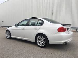 2011 BMW 3 Series 323i Premium Luxury Edition.