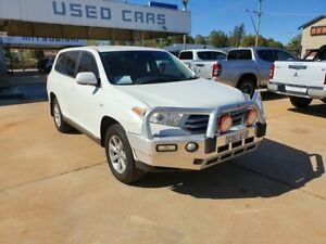 2011 Toyota Kluger KX-R White Automatic Wagon Young Young Area Preview