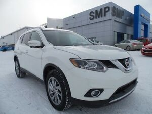 2014 Nissan Rogue SL AWD, PST paid, leather, rem. start, back up