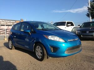 2012 Ford Fiesta SE in MINT CONDITIONS