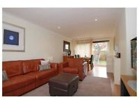 3 bedroom house in Chantry Close, Windsor