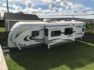 2013 Cougar 31 SQB Travel Trailer for Sale