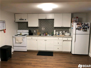2 bedroom legal downstairs ***open house Feb 13th 5-7 pm***