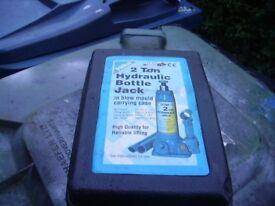 2 Ton Bottle Jack