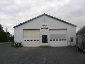 Grand garage commerciale a vendre autre victoriaville kijiji - Grand garage du gard occasion ...