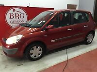 Renault Scenic MANUAL DYNAMIC MPV (red) 2005