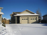 NEW LISTING - CRYSTAL HEIGHTS -  LOTS OF EXTRA CUSTOM FEATURES !