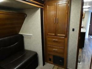 Bunkhouse RV Trailer with Dinette on Awning Side! Kitchener / Waterloo Kitchener Area image 10
