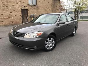 2003 TOYOTA CAMRY LE !!!BAS MILEAGE!!! 4CYLINDRES/AUTOMATIQUE/AC