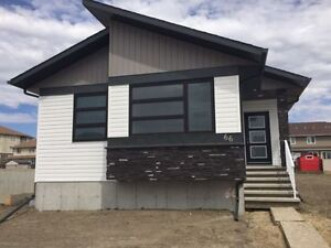 BRAND NEW TRUE-LINE BUNGALOW FOR SALE, QUICK POSSESSION!