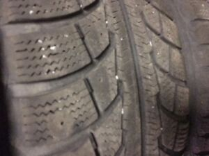 Pneus d'hiver Snow Tracker winter tires avec jantes with rims