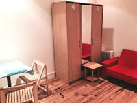 Studio flat with separate kitchen, 5 mins to Turnpike Lane station, first floor, DSS considered