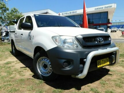 2010 Toyota Hilux TGN16R 09 Upgrade Workmate White 4 Speed Automatic Dual Cab Pick-up Belconnen Belconnen Area Preview