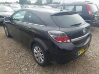 Breaking Astra h Sri 2010 3 door in black z20r most parts available vgc 07594-145438