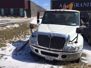 2007 International TRUCK 4200 ( FOR PARTS AS IS)