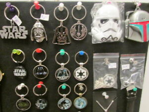 STAR WARS & DR. WHO - KEYCHAINS & NECKLACES