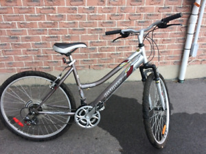 Girls bike excellent used condition