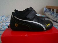 for sale baby boy puma trainers size 5