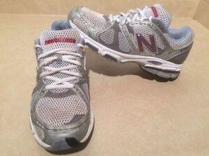 Women's New Balance 940 Running Shoes Size 8.5 London Ontario image 2