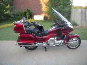 2000 Honda -----1500 Goldwing SE---- and matching trailer