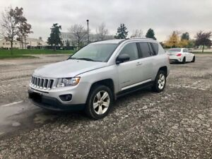2012 Jeep Compass 4x4  (Clean + Low kms)
