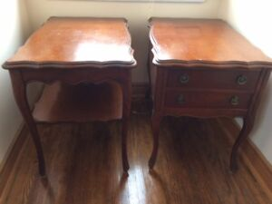 Solid wood three pieces living room tables set for sale