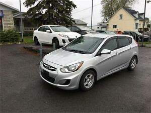 2012 Hyundai Accent GLS 75$/Sem - FINANCEMENT MAISON DISPONIBLE