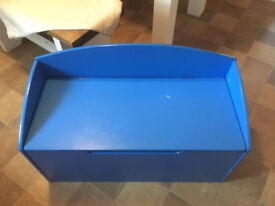 Large bench-toy box