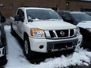 2011 Nissan Titan Crew Cab SV 4X4 LWB