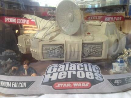 Star Wars Galactic Heroes Millennium Falcon (complete set)