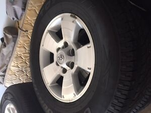Toyo open country P 265/70/r17 ht on Toyota Tacoma alloy wheels