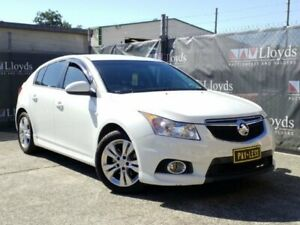 2014 Holden Cruze JH White Automatic 4-Door Hatch Carrara Gold Coast City Preview